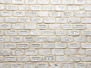 Ladrillo Scritto Milk Doğal Tuğla Görünümlü Fiber Polyester Damgalı Tuğla Duvar Kaplama m2 Fiyatları